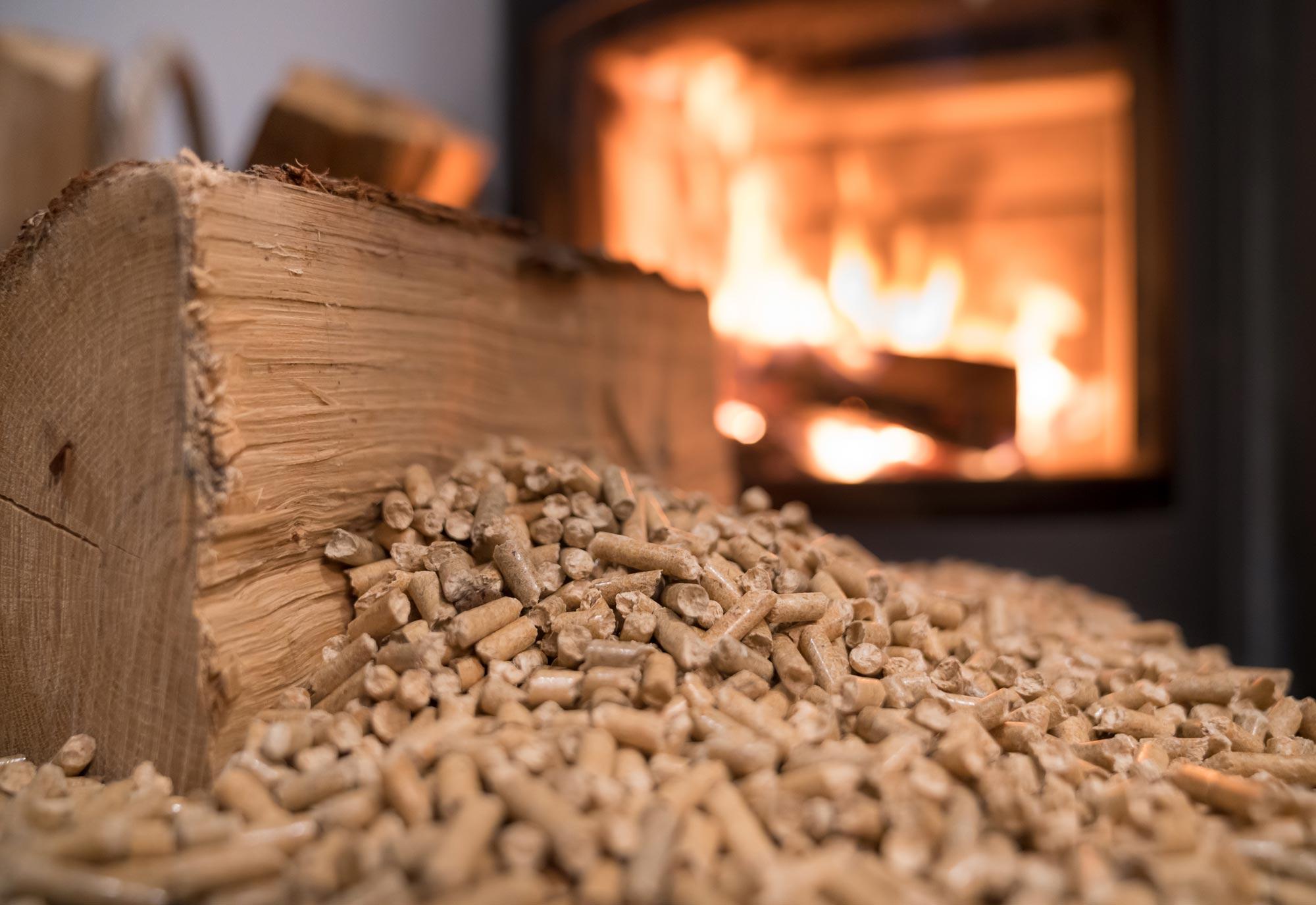 Comment Choisir Son Poele A Bois pourquoi choisir un poêle à granulés de bois ? prix, coût, devis