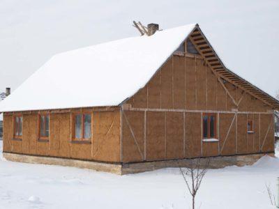 Habiter une maison en paille : ça vous botte ?