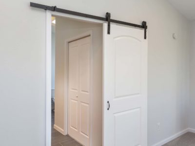 Les portes intérieures : pensez aux solutions gain de place !