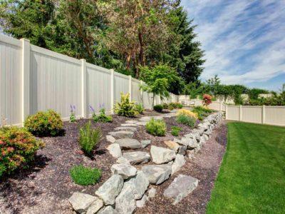 Décorer une clôture : les 5 astuces indispensables