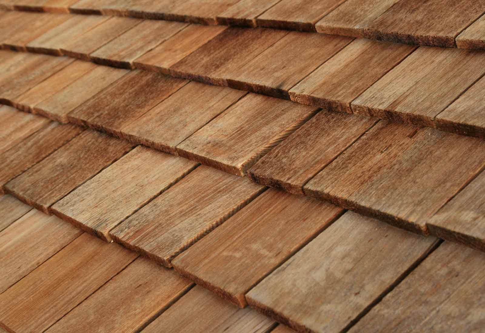 Tuile En Bois Nom pourquoi choisir la tuile en bois pour sa toiture ?