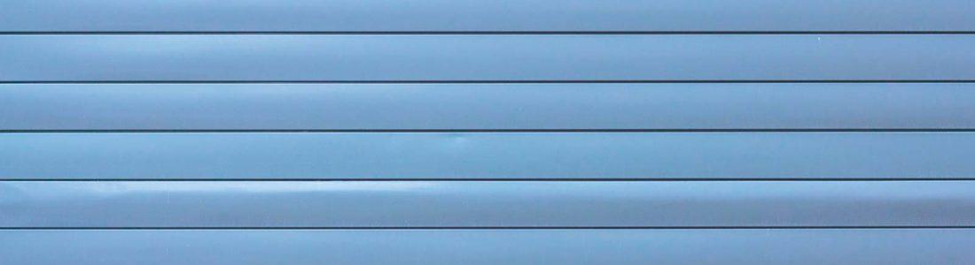 bardage PVC bleu