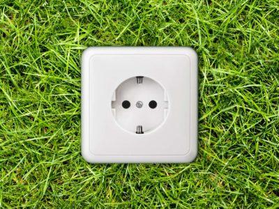 La prise électrique solaire : de l'électricité gratuite partout !