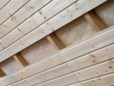 Lambris en bois : pour une finition naturelle