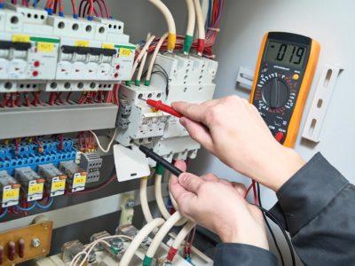 Comment établir un diagnostic avant une rénovation électrique?