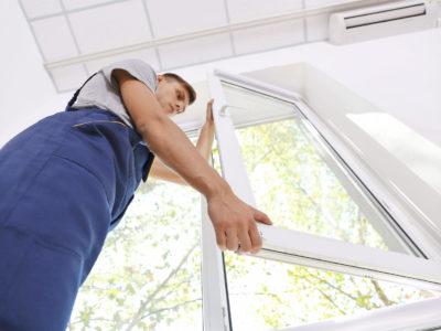 Dépose totale ou partielle, que choisir pour sa rénovation de fenêtres ?