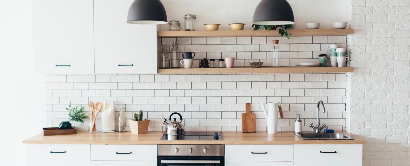 Quelles sont les dimensions standards d 39 une cuisine d 39 un - Dimensions plan de travail cuisine ...