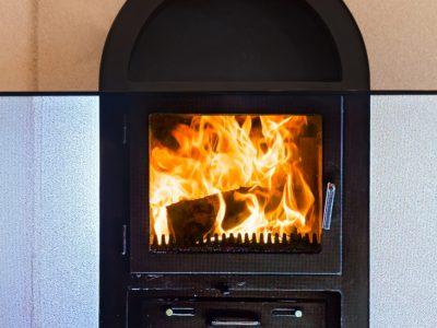 Combien coûte l'installation d'un chauffage bois ?