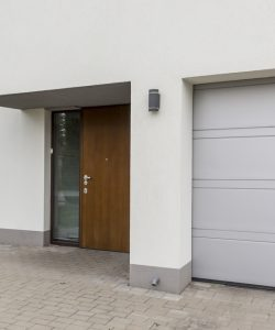 La porte de garage basculante