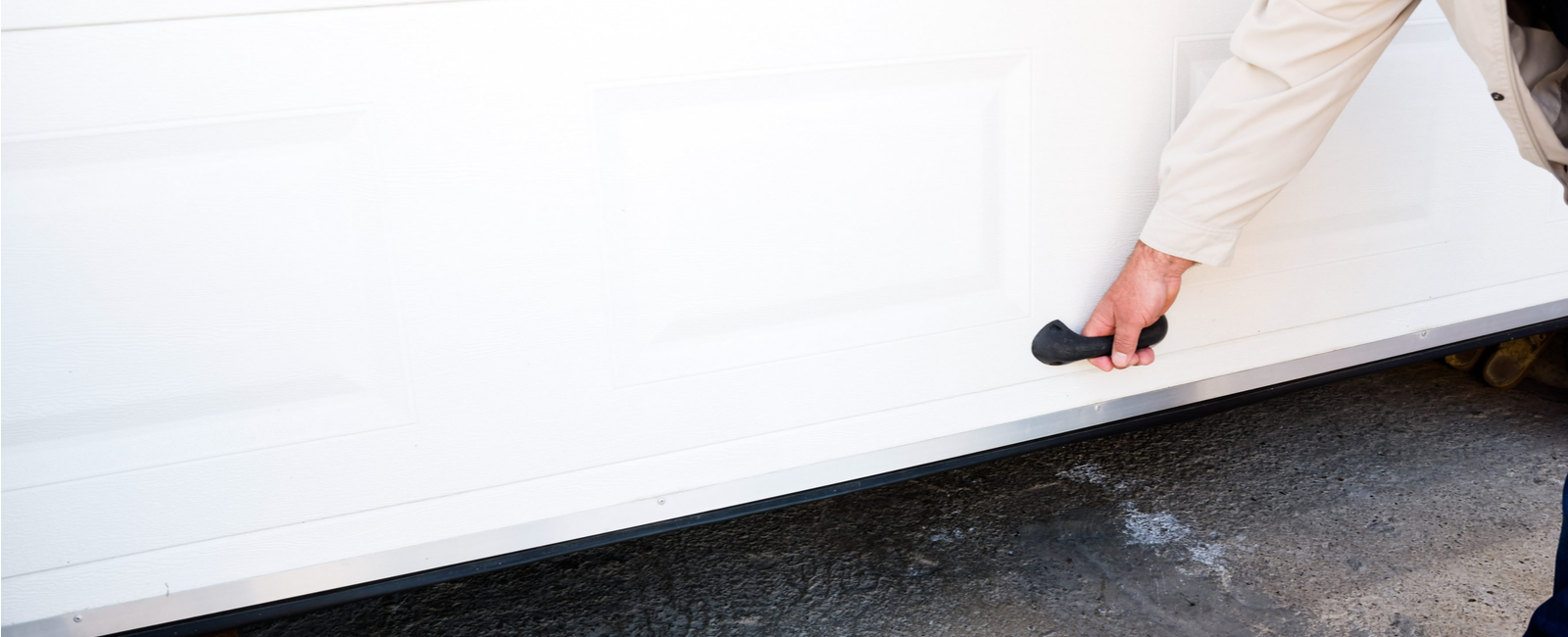 Comment Poser Installer Une Porte De Garage Basculante