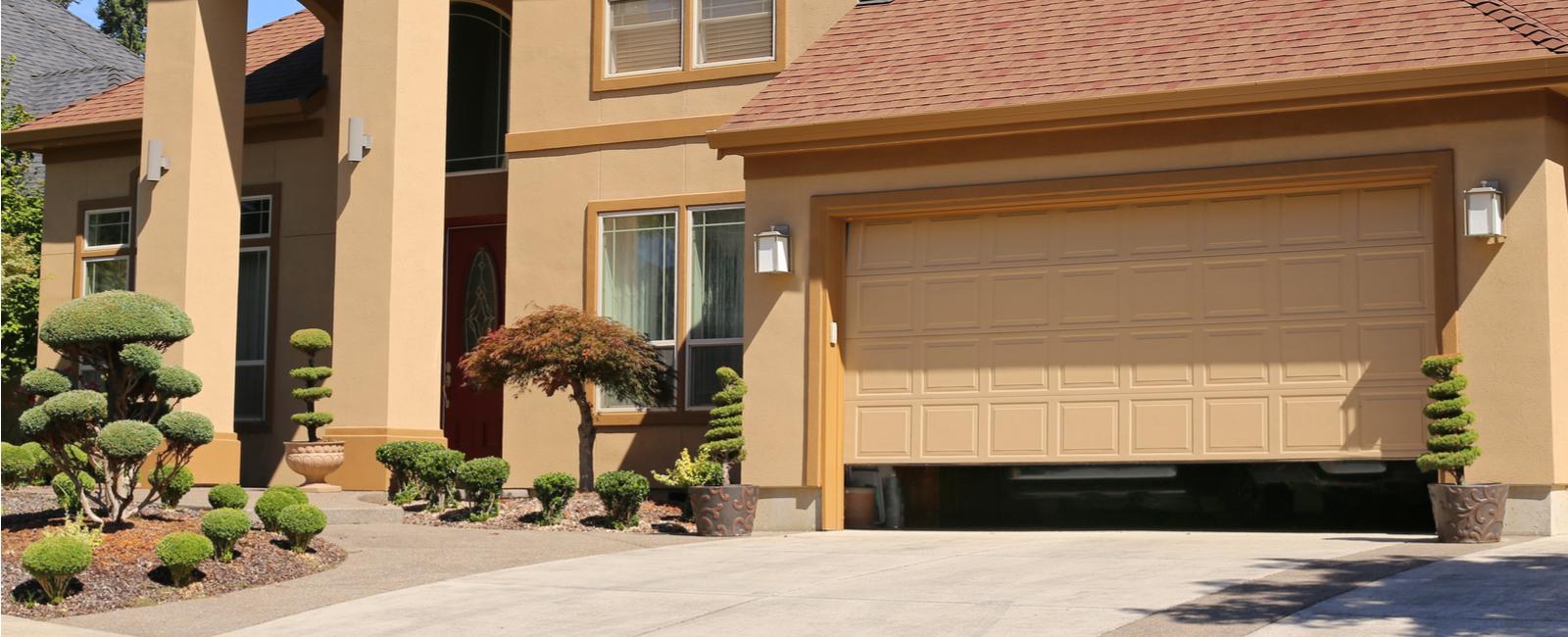 Quels Matériaux Choisir Pour Une Porte De Garage Acier
