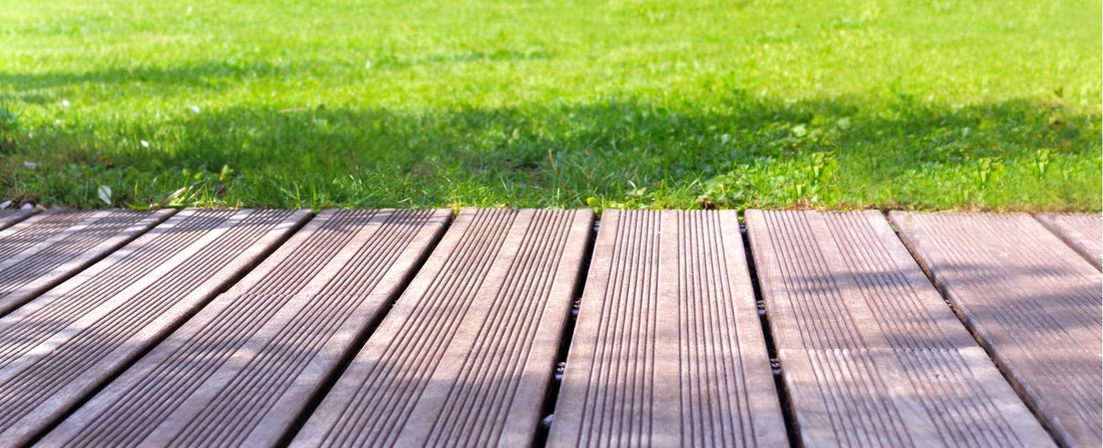 Comment Nettoyer Terrasse Pierre Naturelle quel revêtement choisir pour sa terrasse? prix, coût, devis