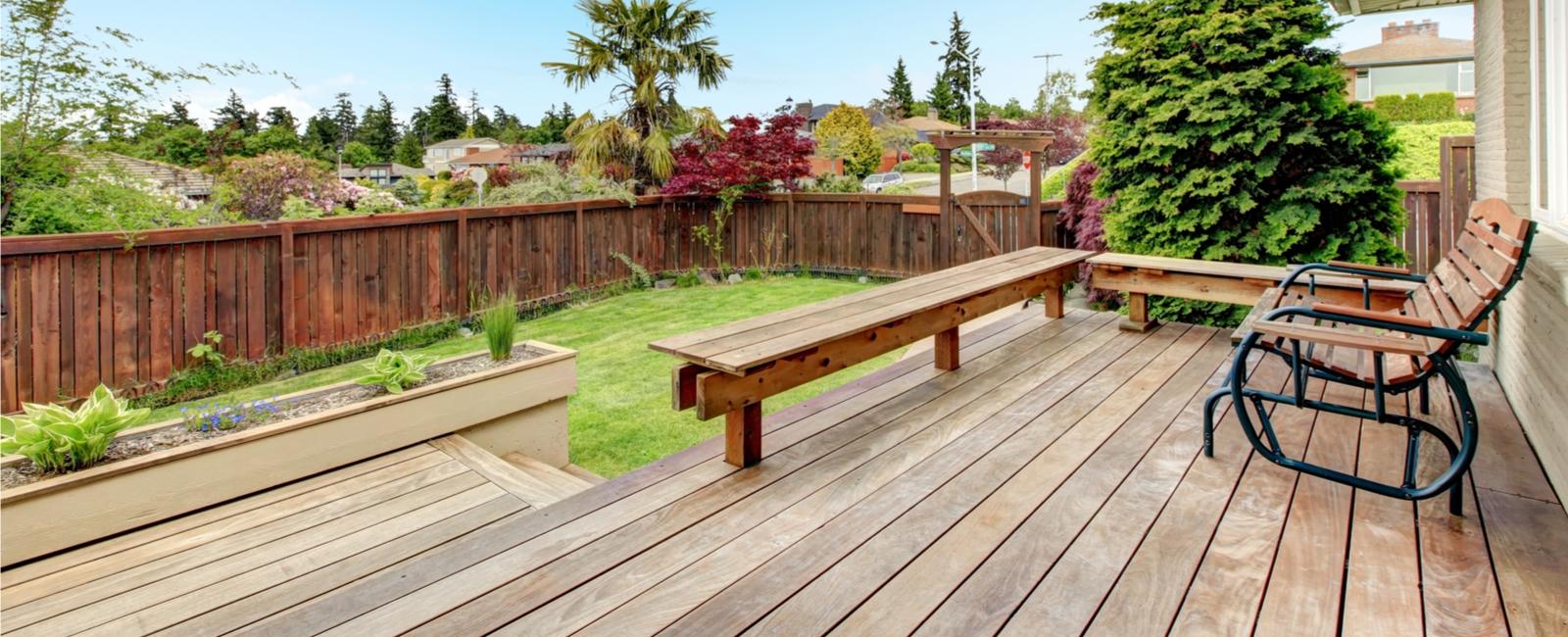Poteau Bois Pour Terrasse comment construire ou poser une terrasse sur pilotis ? prix