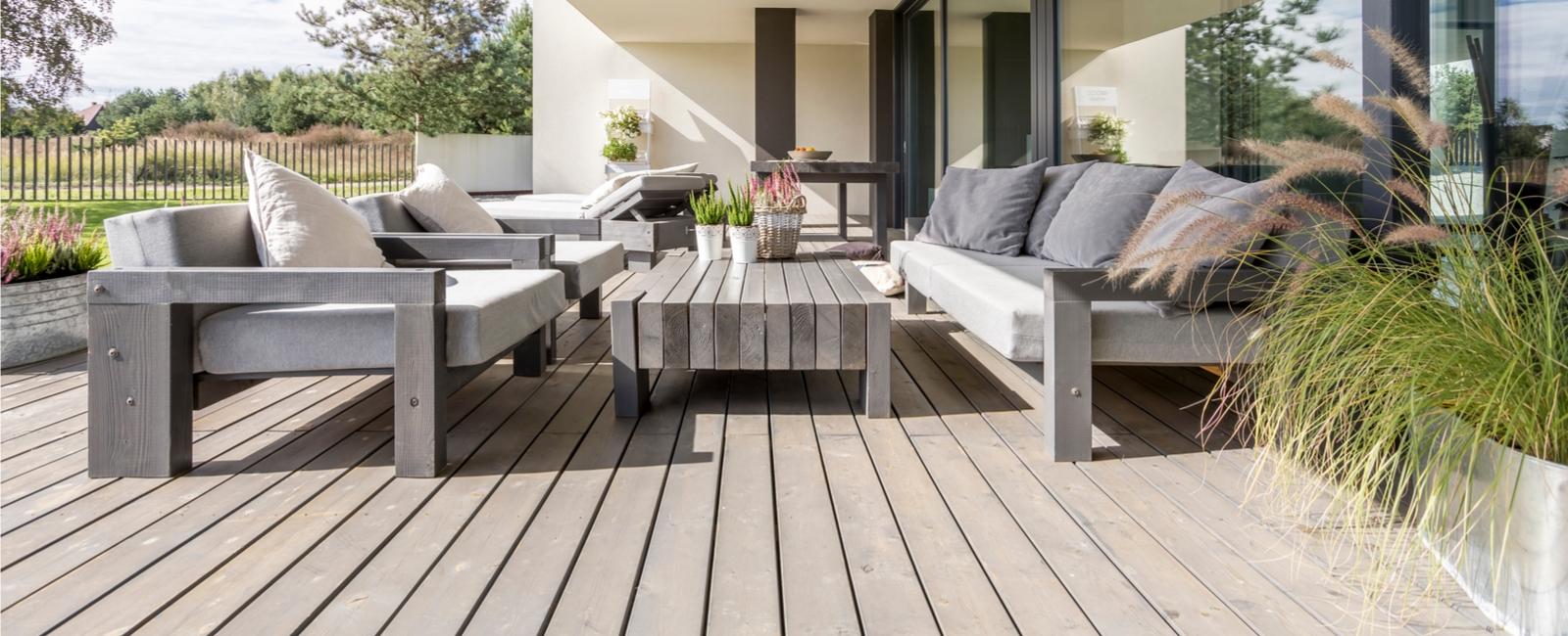 la terrasse classique conseils travaux. Black Bedroom Furniture Sets. Home Design Ideas
