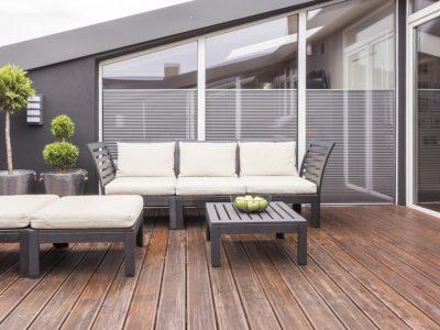 Comment installer une terrasse tropézienne?