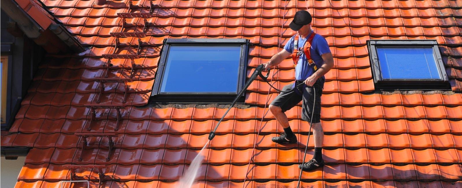 nettoyer sa toiture au printemps