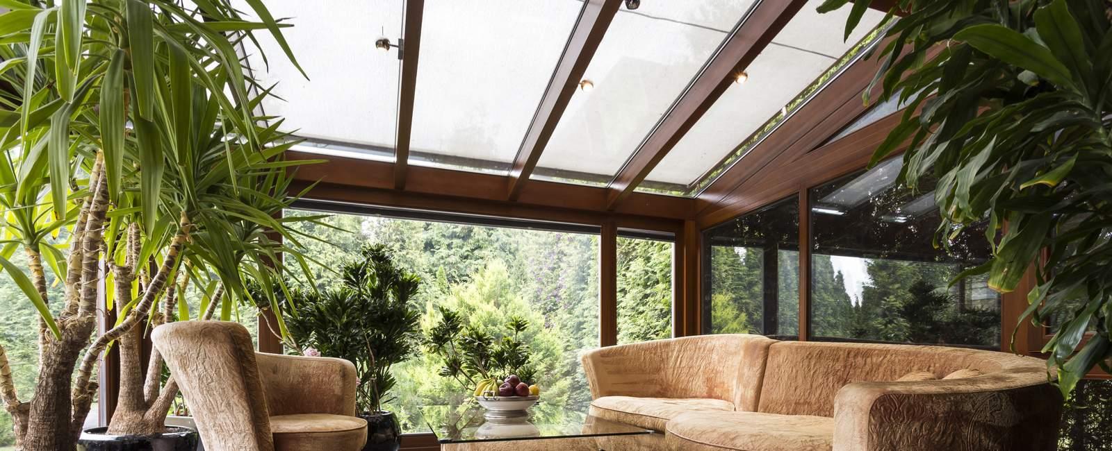 v randa ouverte ou avec toit ouvrant conseils travaux. Black Bedroom Furniture Sets. Home Design Ideas