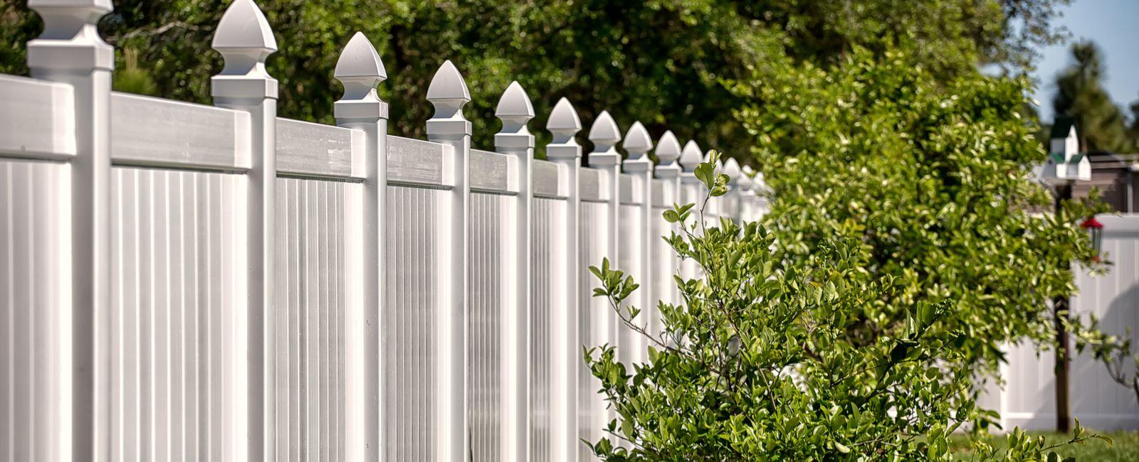 Cloture Jardin Pvc Pas Cher comment installer une clôture economique, pas cher ? prix