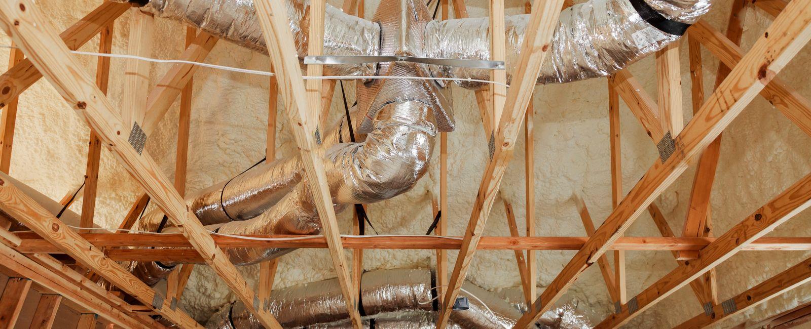 Comment installer une climatisation gainable réversible ?
