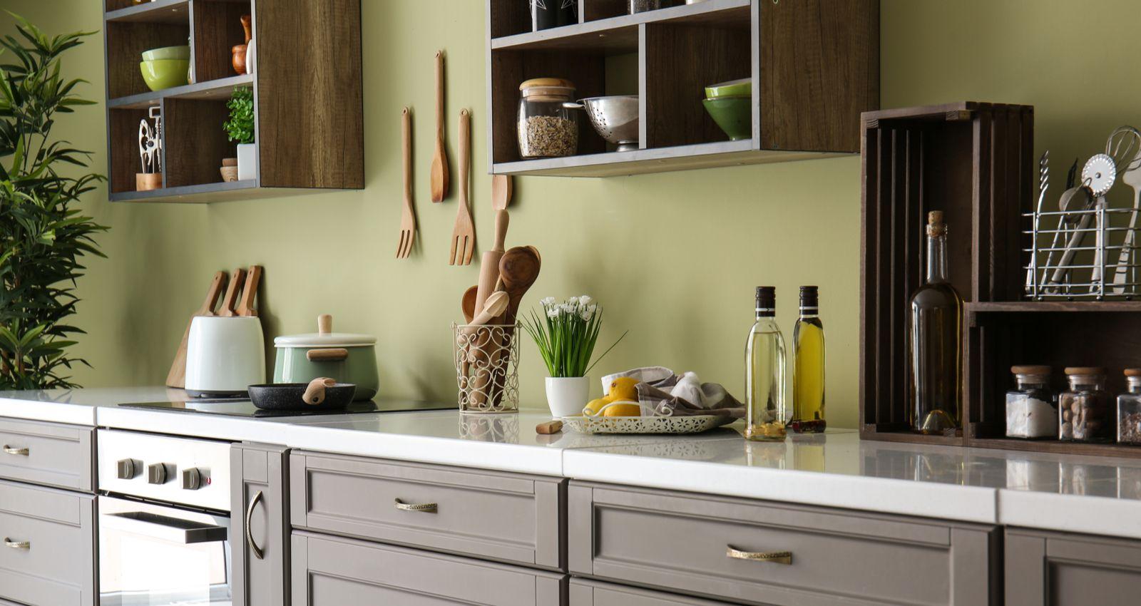 Etagere A Poser Sur Plan Travail comment installer, monter une etagère de cuisine ?