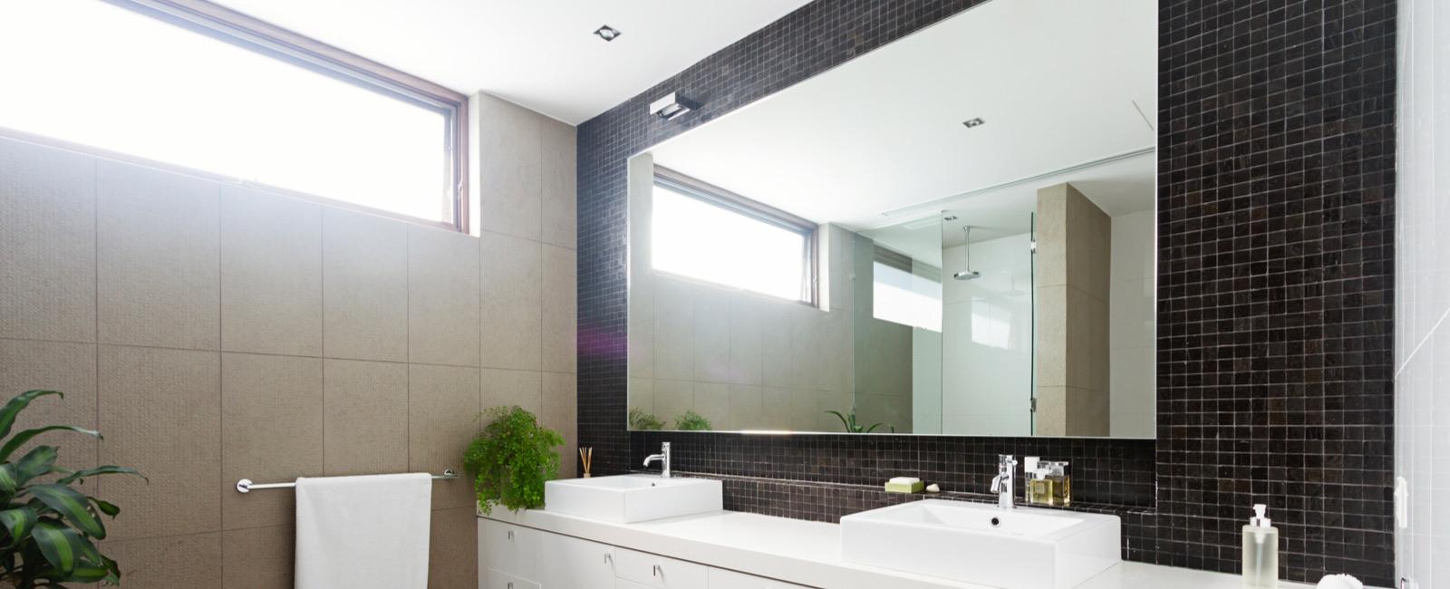 Armoire A Glace Leroy Merlin comment installer, monter, poser un miroir de salle de bain ?