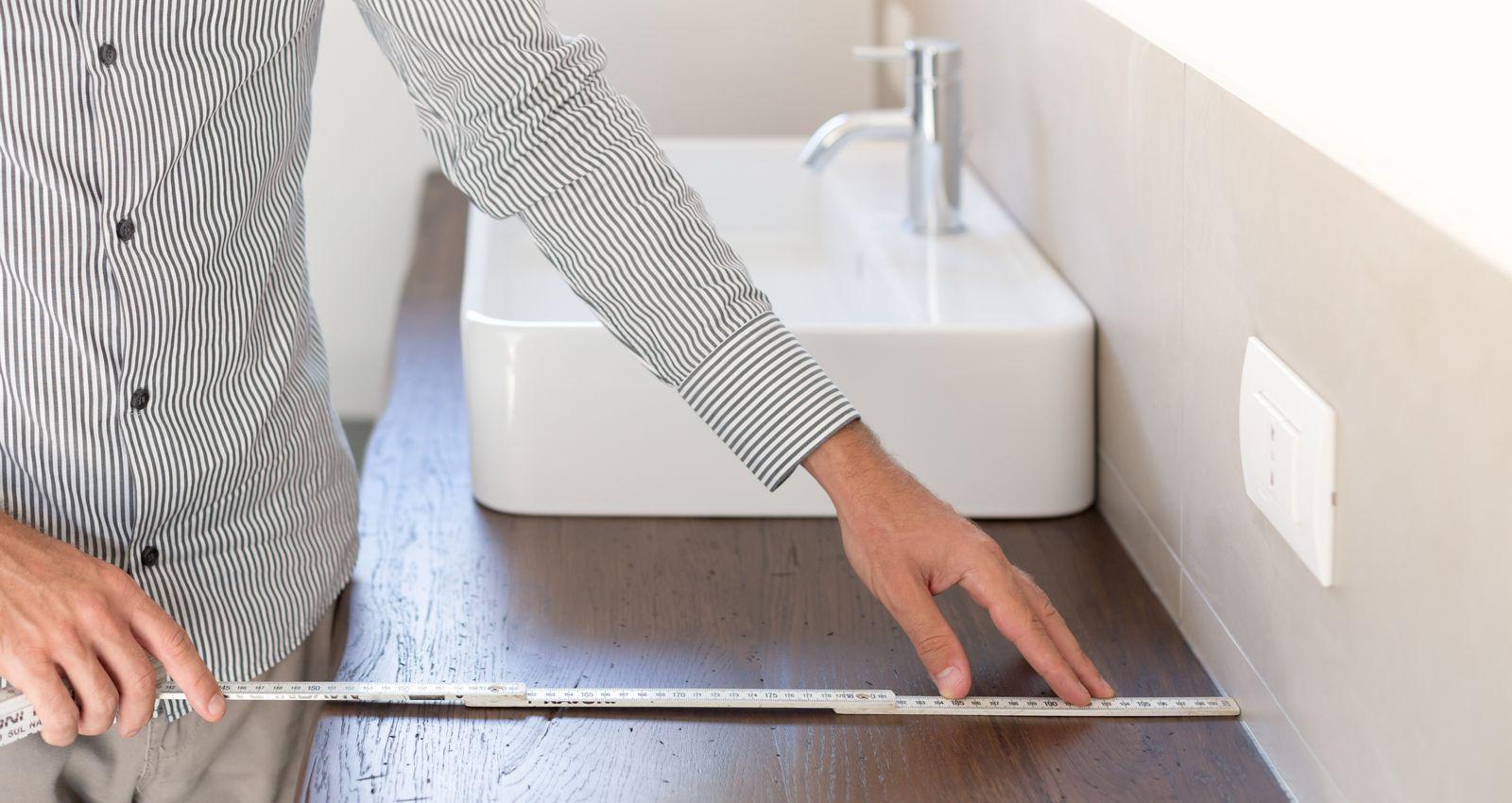 Quelle Hauteur Carrelage Salle De Bain comment installer, monter, poser un meuble de salle de bains ?