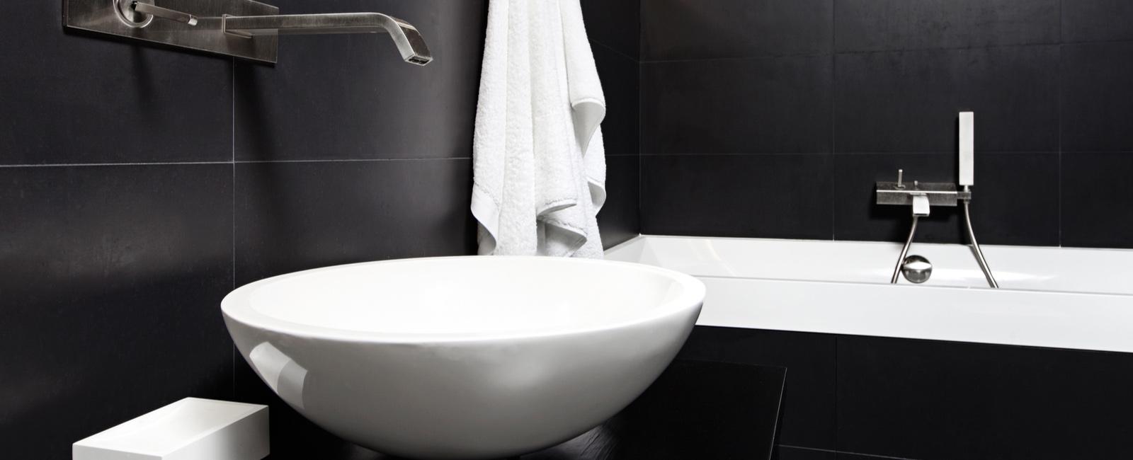 poser vasque de salle de bain