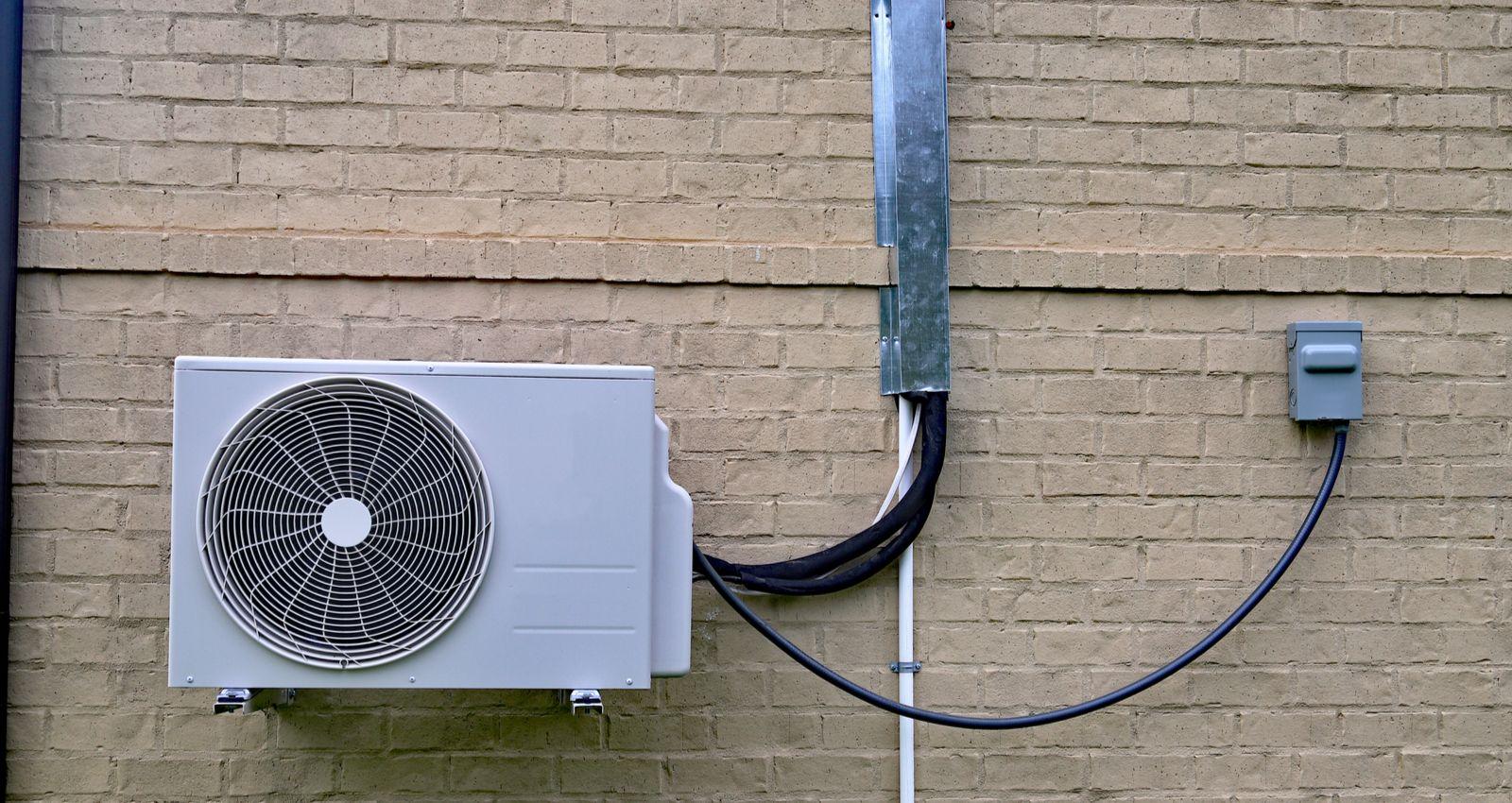 Peut On Installer Un Poele A Bois Soi Meme comment installer une pompe à chaleur air air, air eau