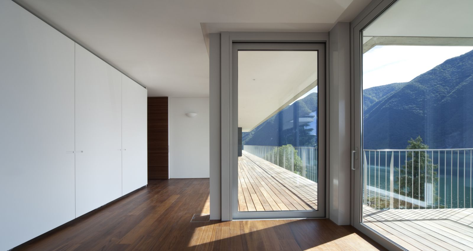 Combien Coute Une Baie Vitrée A Galandage combien coûte l'installation, la pose d'une porte fenêtre